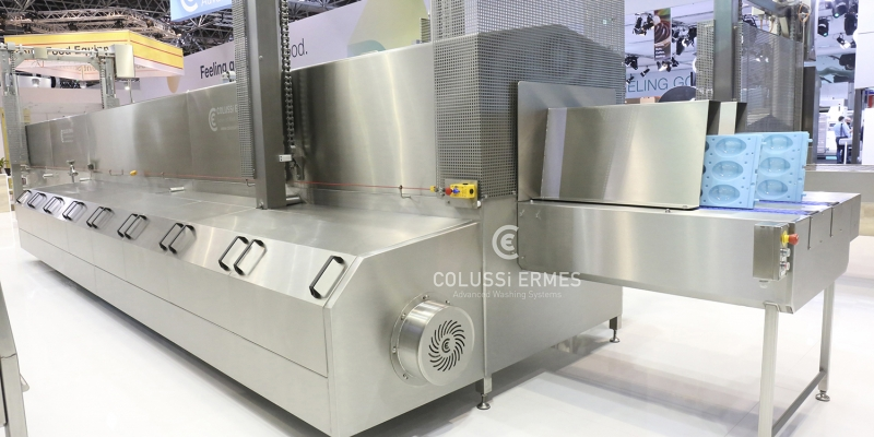 CHOCOLATE MOULD WASHERS DRYERS